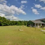 farm house real estate open lands photo